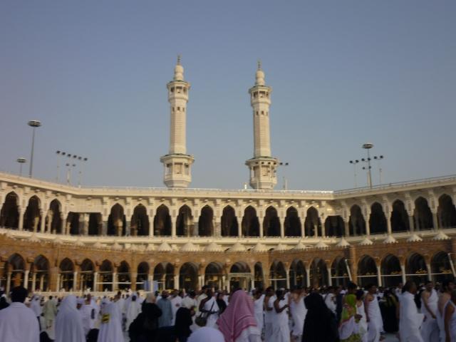 MASJIDILHARAM... Kebanjiran umat Nabi Muhammad (saw)  dari serata dunia bukti Islam terus unggul meniti zaman