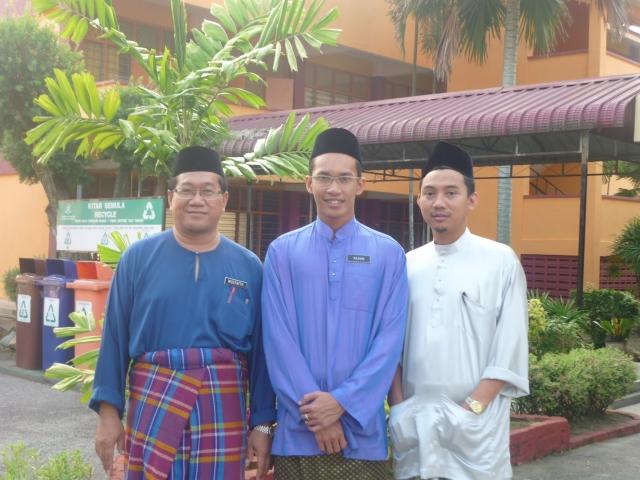 BLOGGERS SMKPS... En Mustaffa, En Najhan dan En Khamsuldin