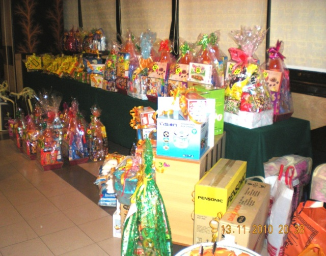 Wow! Banyaknya hadiah