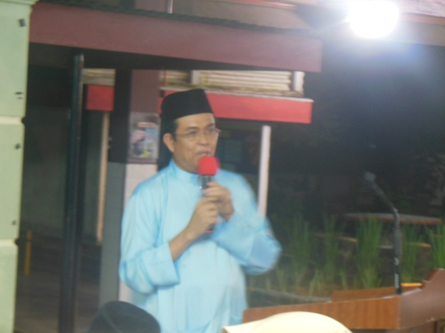 Encik Mohsin Ibrahim menyampaikan ucapan alu-aluan