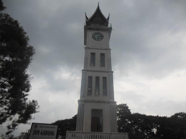 Mercu tanda Bukit Tinggi: Menara Jam Gadang